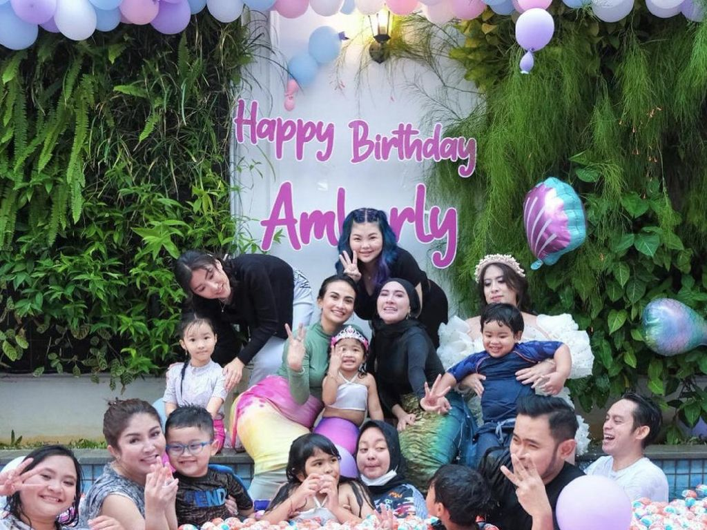 Menebak Harga 1 Truk Kinder Joy Crazy Rich Malang di Ultah Anak, Rp 50 Juta?