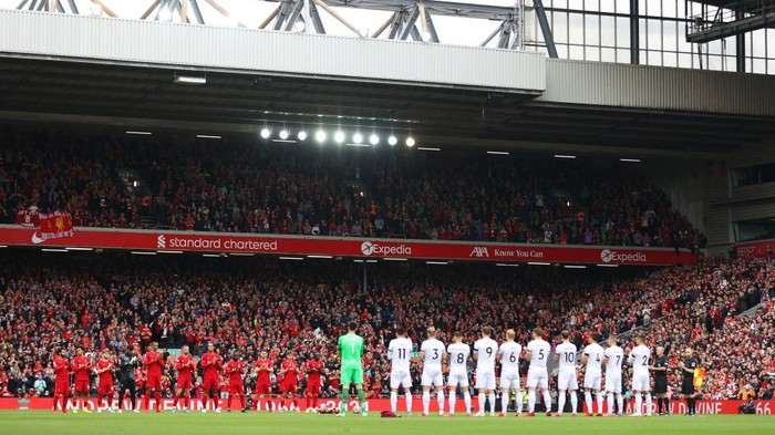 LIVERPOOL, ENGLAND - AUGUST 21: A general view inside the stadium as players and sides take part in a minutes applause in remembrance of Andrew Devine, the 97th victim of the Hillsborough Stadium disaster prior to the Premier League match between Liverpool and Burnley at Anfield on August 21, 2021 in Liverpool, England. (Photo by Catherine Ivill/Getty Images)