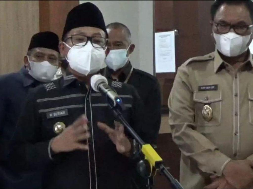 Wali Kota Sutiaji Minta Maaf Setelah Viral Gowes Paksa Masuk Pantai Saat PPKM