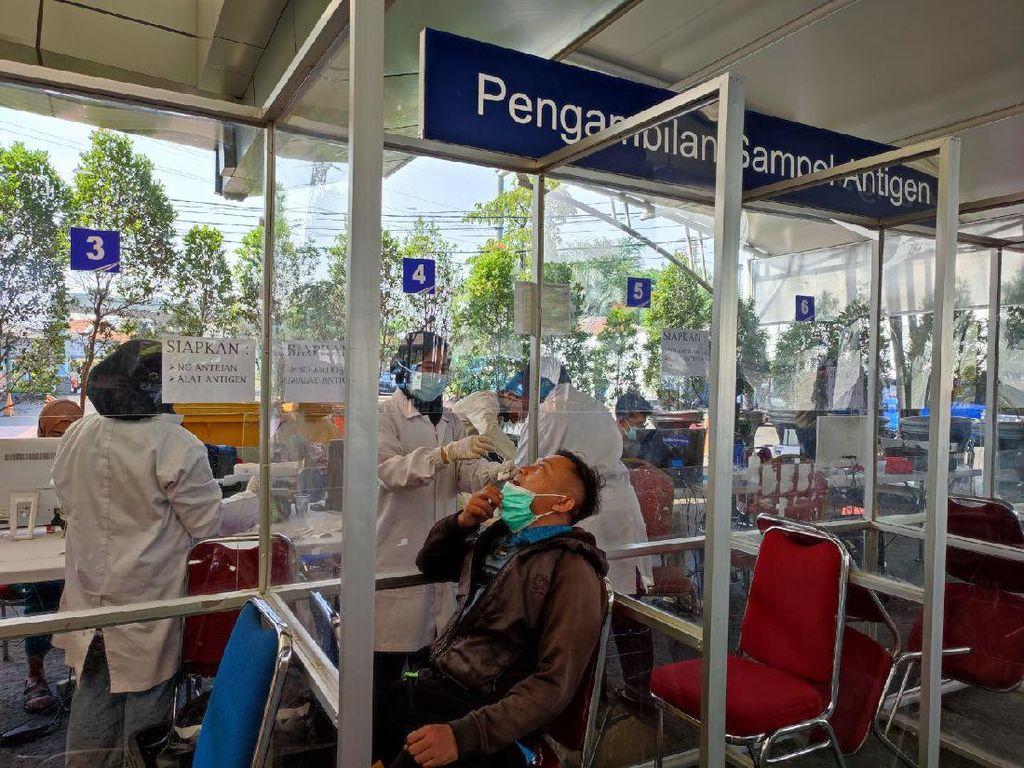Penumpang Ngaku Senang-Terbantu Harga Tes Antigen di Stasiun Jadi Rp 45 Ribu