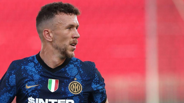 MONZA, ITALY - AUGUST 14: Ivan Perisic of FC Internazionale looks on during the pre-season friendly match between FC Internazionale and Futbolnyj Klub Dynamo Kyïv at U-Power Stadium on August 14, 2021 in Monza, Italy. (Photo by Marco Luzzani/Getty Images )