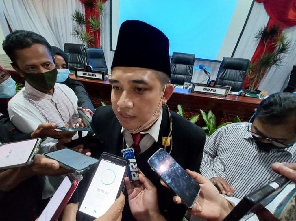 Herman Sofyan Dicopot, Beny Yusrial Jadi Ketua DPRD Bukittinggi