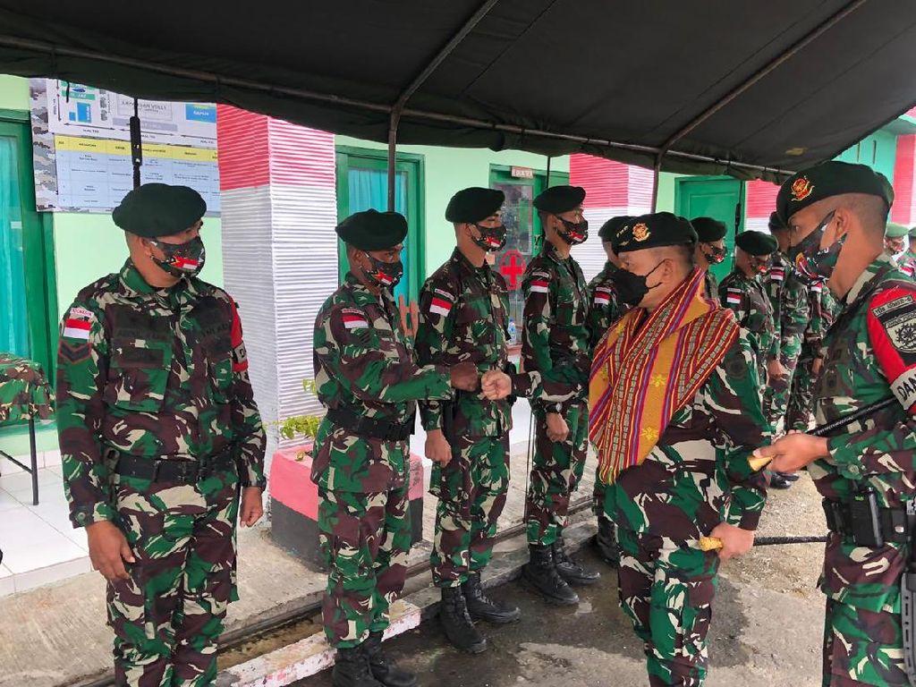 Pesan Letjen Dudung di Perbatasan: Bijak Bersosmed, Jangan Coreng TNI