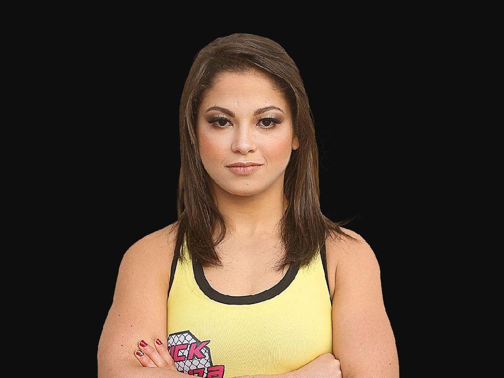 Petarung Wanita Ini Awalnya Mau Zumba, eh Malah Masuk MMA