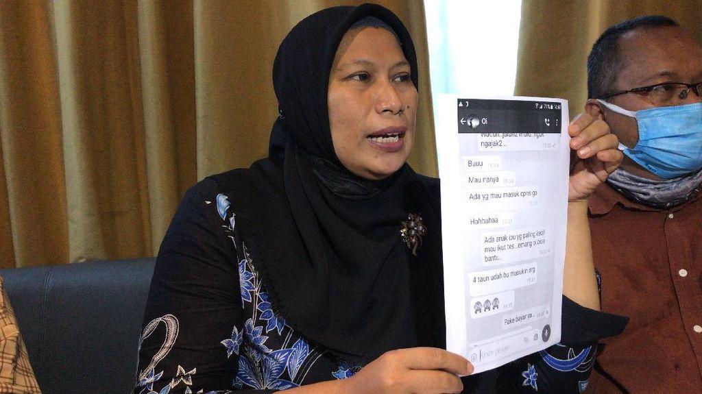 Korban Bawa Bukti Chat Putri Nia Daniaty Tawarkan Masuk PNS Jalur Cepat
