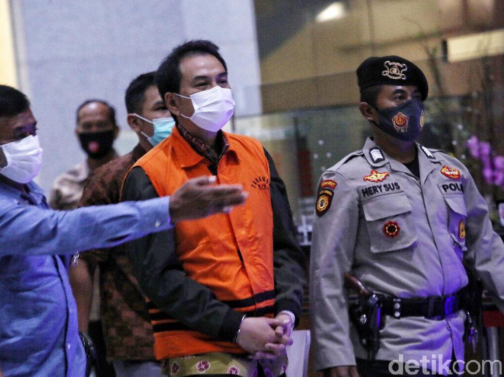 Profil Azis Syamsuddin Pimpinan DPR yang Dicokok KPK: Doktor Hukum!