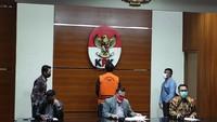 KPK Dalami Dugaan Suap Eks Bupati Kukar dan Azis Syamsuddin ke AKP Robin