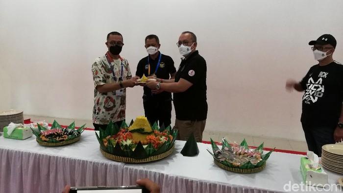 pt liga indonesia baru liga 2 2021 ahmad hadian lukita