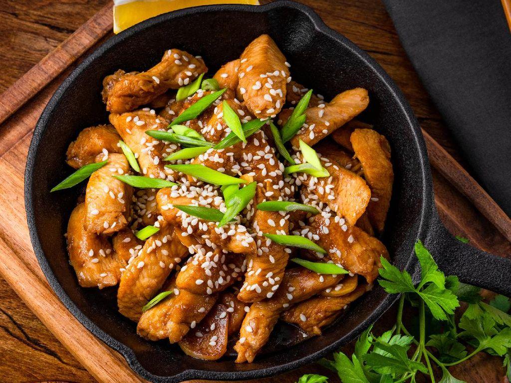 Resep Ayam Teriyaki Wijen ala Restoran yang Cocok Buat Bekal