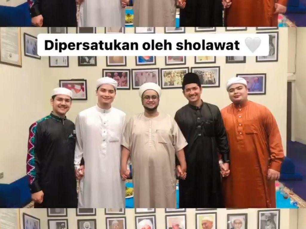 Ada Air Mata saat Alvin Faiz dan Zikri Daulay Disatukan oleh Salawat
