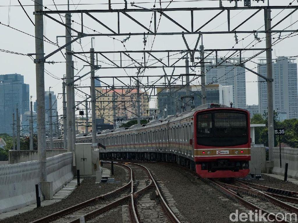 Naik KRL Bisa Nyambung KA Bandara di Stasiun Manggarai, Begini Caranya