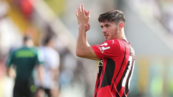 LA SPEZIA, ITALY - SEPTEMBER 25: Brahim Diaz of AC Milan scores a goal during the Serie A match between Spezia Calcio and AC Milan at Stadio Alberto Picco on September 25, 2021 in La Spezia, Italy.  (Photo by Gabriele Maltinti/Getty Images)