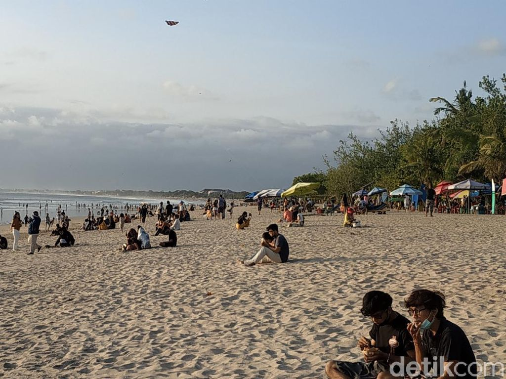 Pemeriksaan Diperketat, 17 Pintu Masuk Pantai Kuta Bali Ditutup Permanen