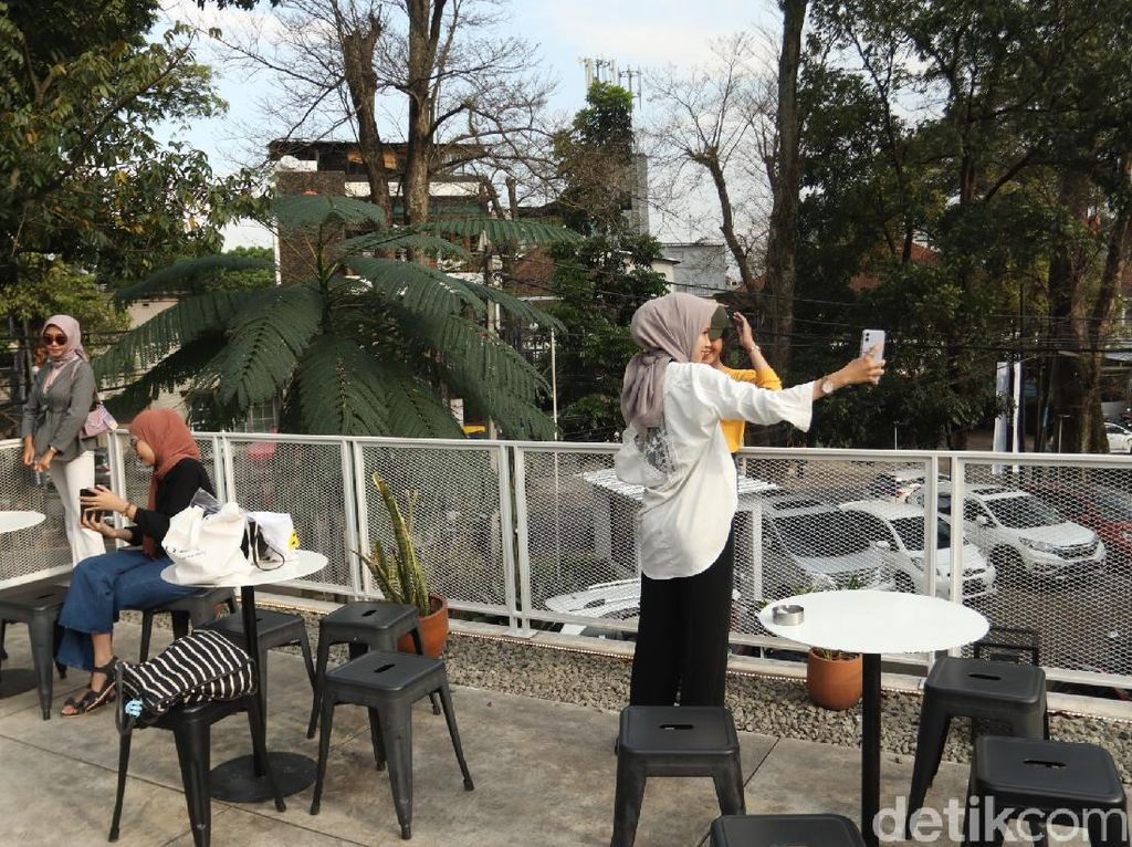 Ini Rekomendasi Tempat Ngopi Santai di Bandung