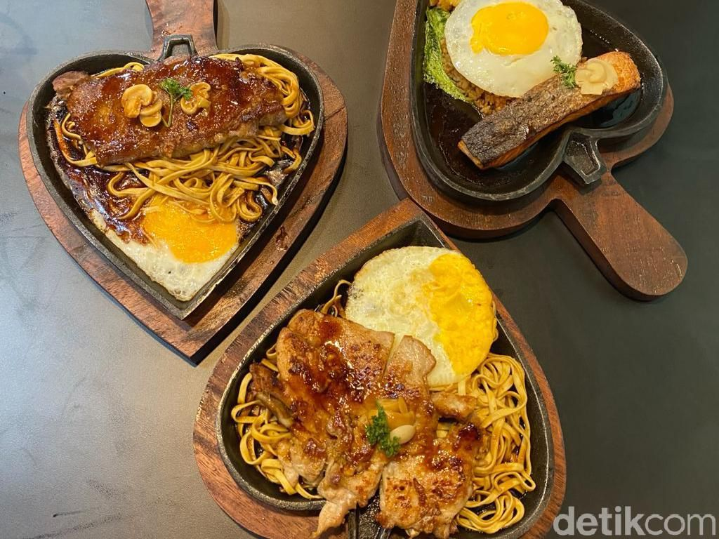 Nyobain Noodle Hotplate ala Taiwan Pertama di Bogor yang Terjangkau