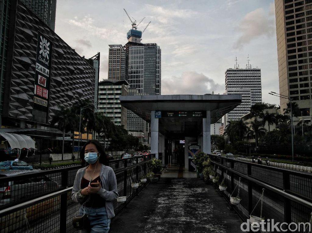 Kondisi COVID-19 Jakarta Melandai, Kasus Aktif di Bawah 1.000