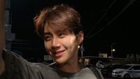 Kim Seon Ho Diisukan Suruh Pacar Aborsi, Agensi Minta Fans Tunggu Klarifikasi