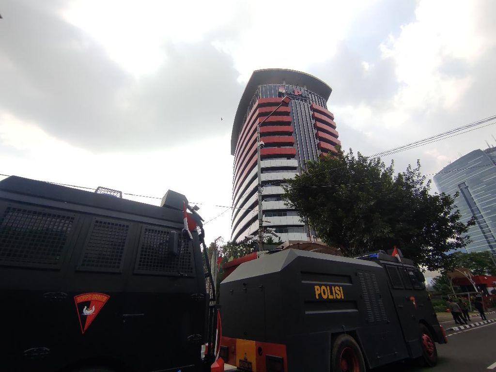BEM SI Bakal Demo di KPK, Water Cannon Disiagakan