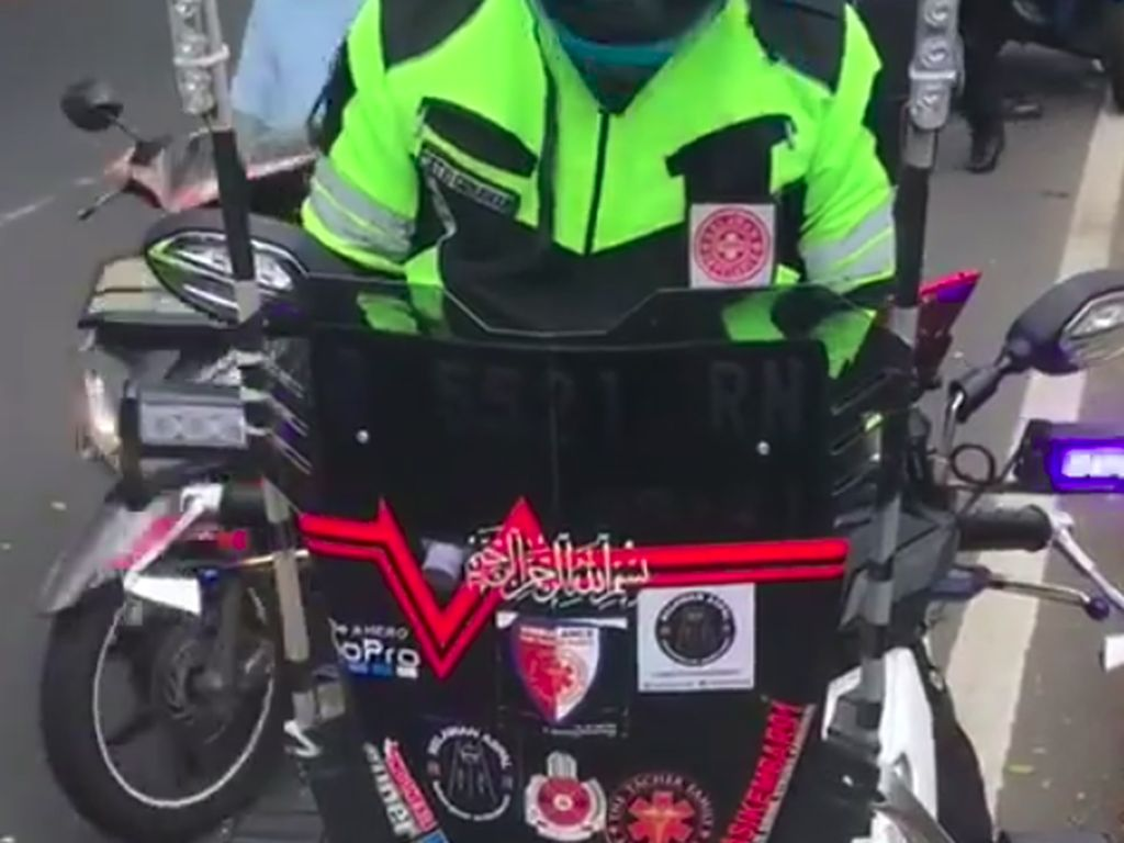 Pemotor Ditilang Pakai Storo-Sirene di Depok, Polisi: Pernah Kawal Ambulans