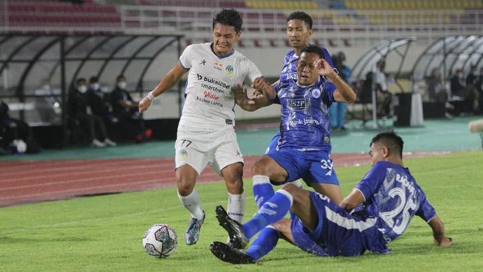 PSCS Cilacap tampil meyakinkan pada laga perdana Liga 2 melawan PSIM Yogyakarta. Laskar Nusakambangan menang 1-0, diminta tak cepat berpuas diri.