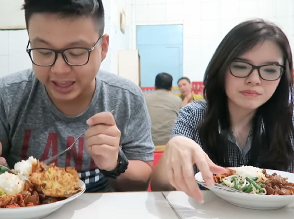 Warteg Gang Mangga Disebut Warteg Termahal di Jakarta, 5 YouTuber Ini Akui Kelezatannya
