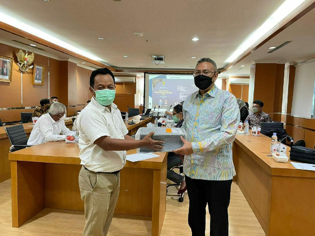 Tambang Emas Banyuwangi Raih Subroto Award dari Kementerian ESDM