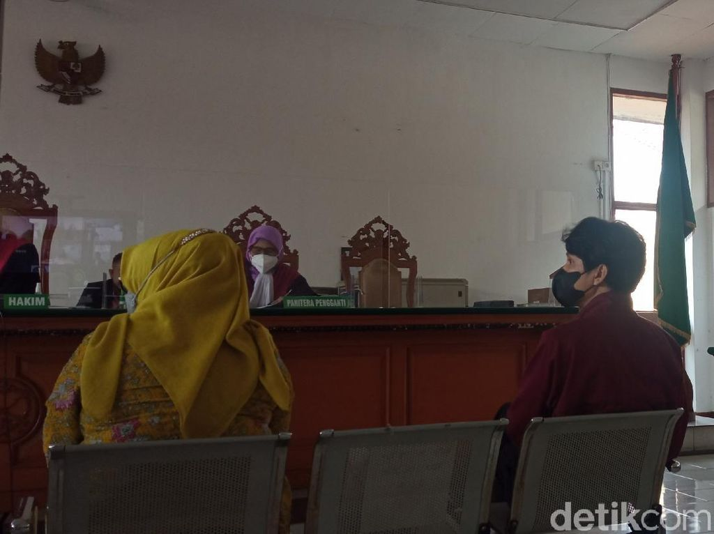 Saksi Kasus Bansos KBB, Alda The Changcuters Dicecar soal Sembako