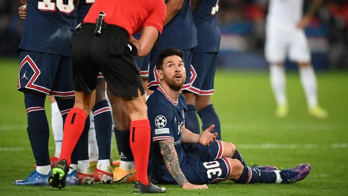 Lihat Messi Rebahan di PSG, Bikin Miris atau Salut?