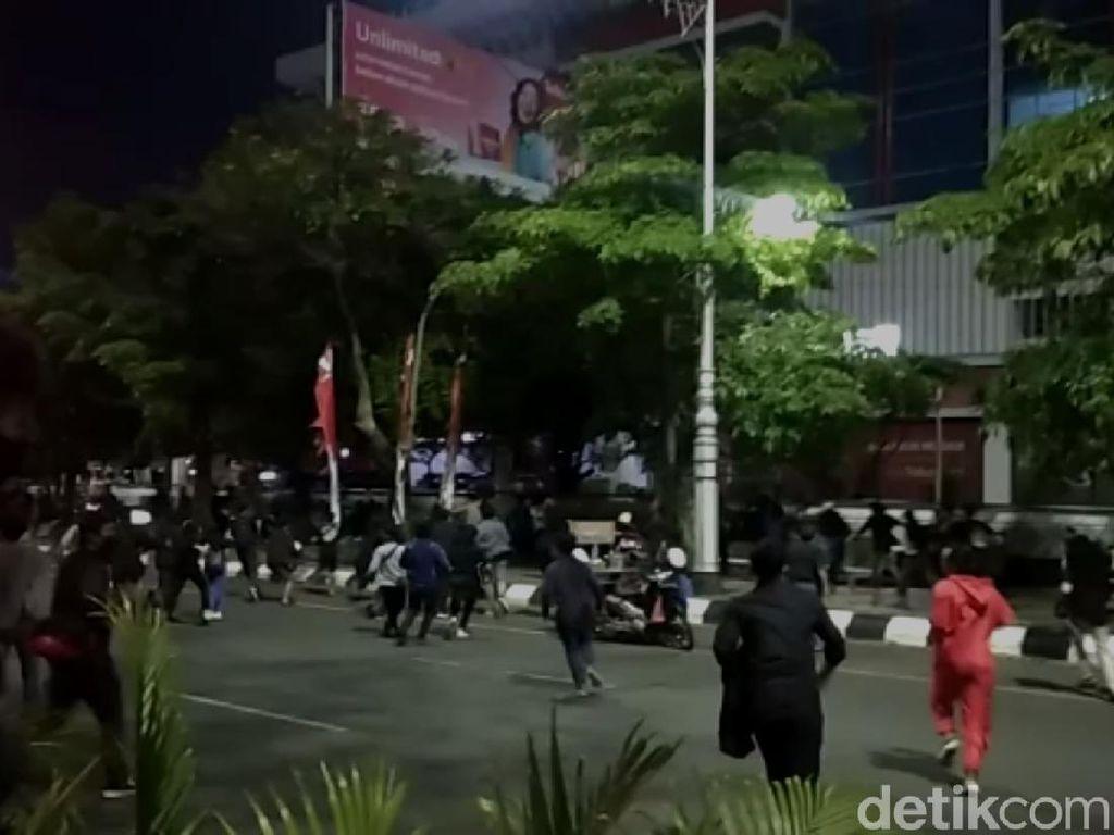 Demo Protes Pemecatan Pegawai KPK di Semarang Dibubarkan Polisi!