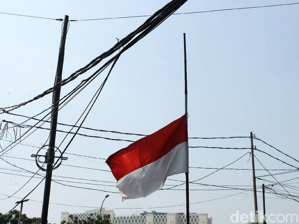Bendera Setengah Tiang Diimbau Dikibarkan 30 September, Ini Tata Caranya