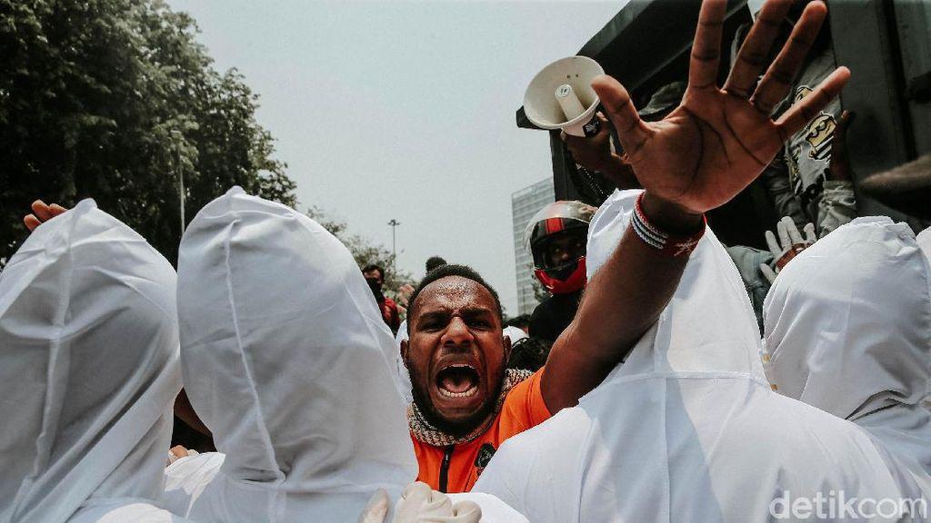 Geruduk Kedubes AS, Mahasiswa Papua Dibubarkan Polisi