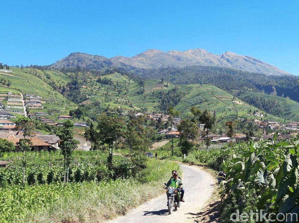 Kabar Gembira Nih, Gunung Merbabu Buka Lagi Dua Jalur Pendakian!