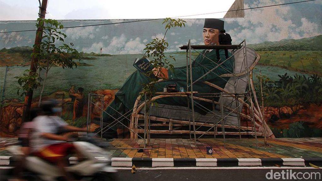 Kampung di Solo Ini Jadi Wisata Mural