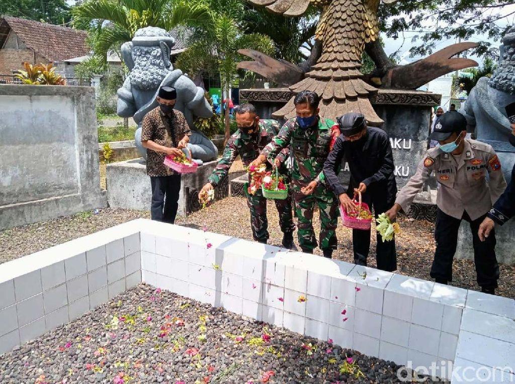 Monumen Lubang Buaya Banyuwangi, Saksi Kejamnya PKI di Bumi Blambangan