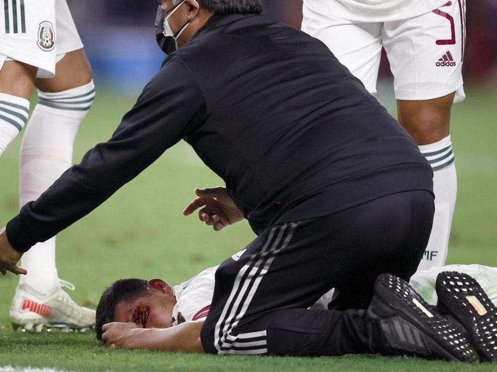 Cedera Horor yang Nyaris Membunuh Striker Napoli