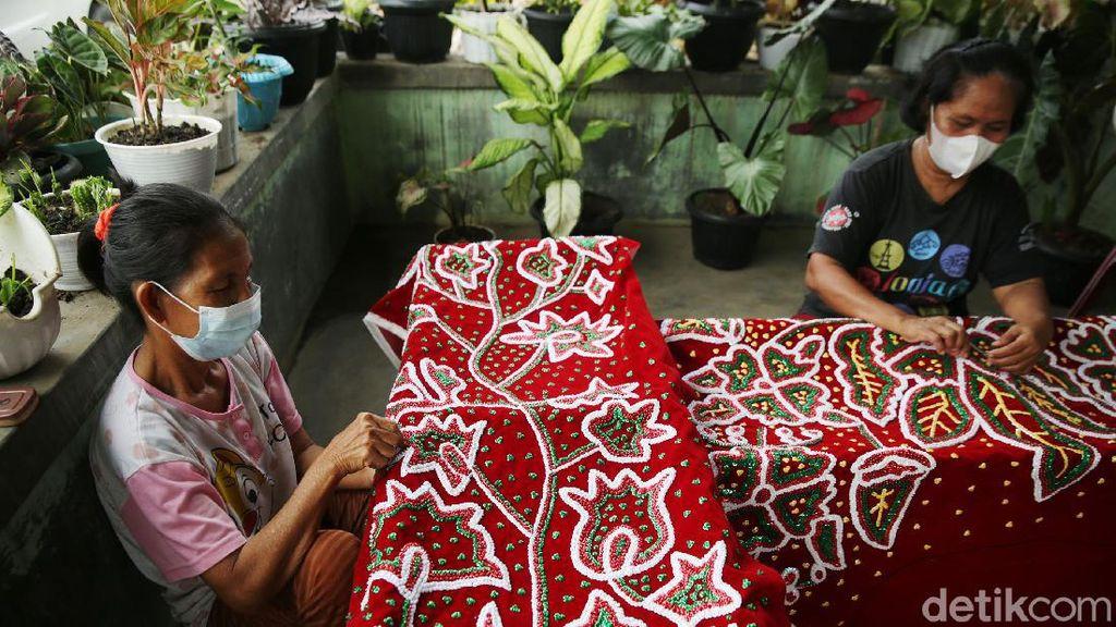 Mengenal Sulam Lidah Pengantin di Lampung