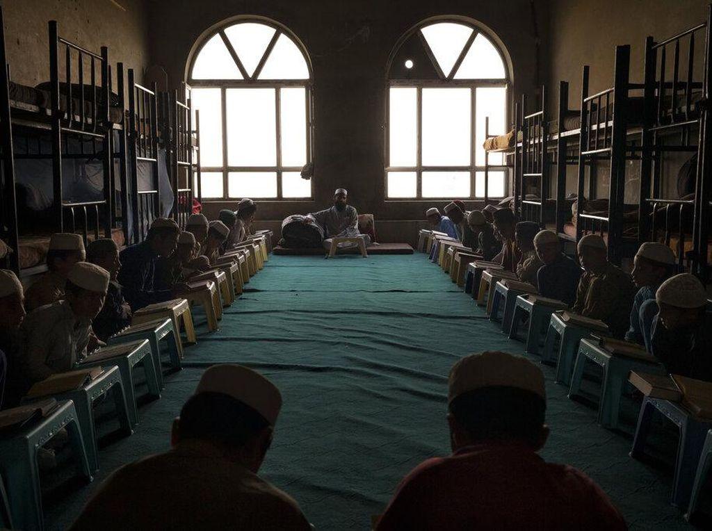 Menilik Kehidupan Madrasah di Era Baru Afghanistan