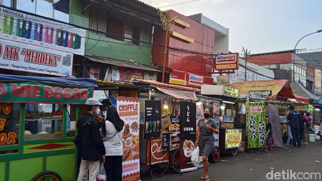 Di Pasar Lama Tangerang, Banyak Jajanan Enak dan Murah!