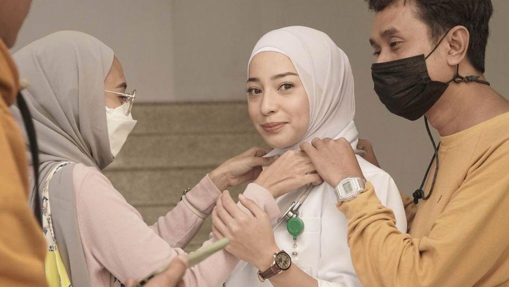 Gaya Hijab Nikita Willy di Satu Amin Dua Iman