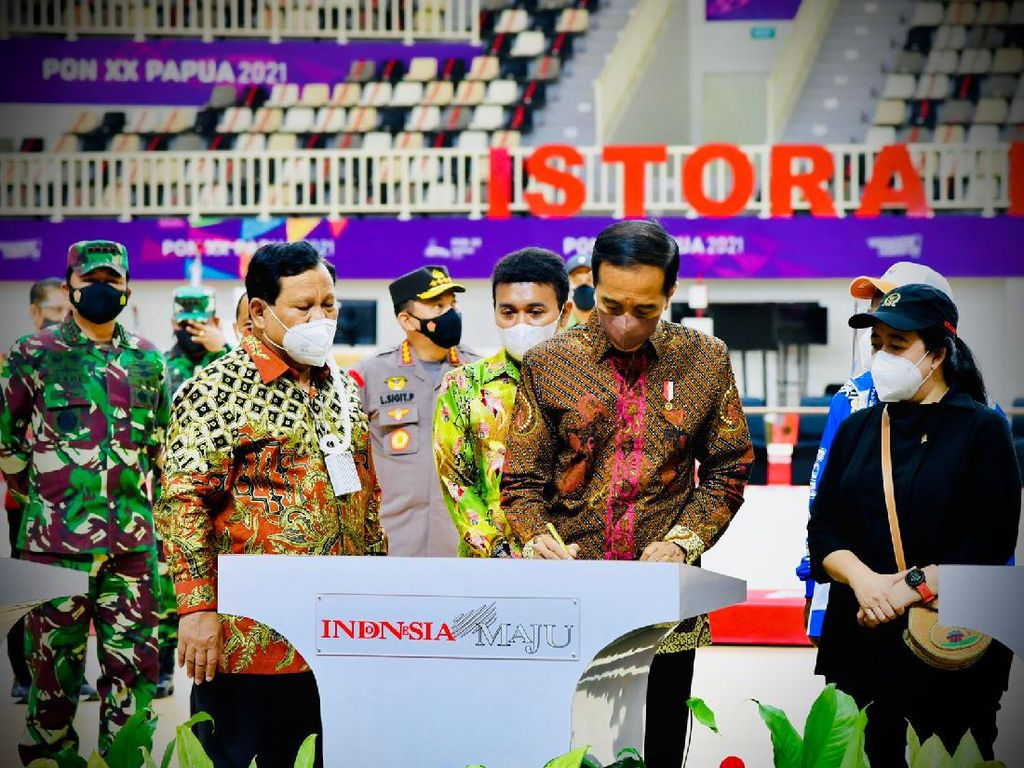 Bareng Puan-Prabowo, Jokowi Resmikan 7 Arena PON XX Papua