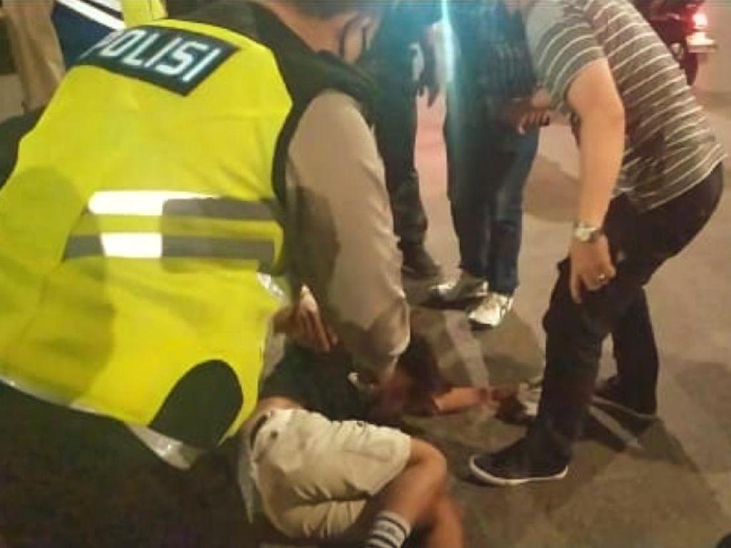 Kaget Razia, Remaja di Sumsel Tabrak Polisi hingga Pura-pura Pingsan