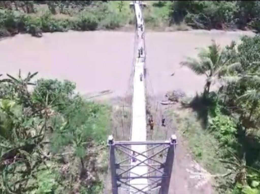Jembatan Rusak Diperbaiki, Murid di Nias Tak Lagi Tantang Maut demi Sekolah