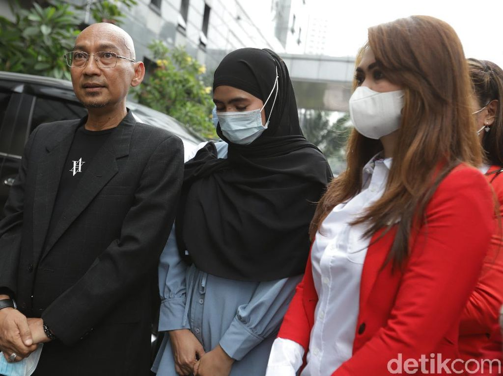 Pengacara Istri Siri Ayah Taqy Malik Berharap Kasusnya Tak Dibungkam