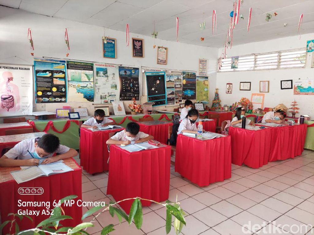 Ortu di Manado Senang PTM Dimulai: Di Rumah Anak Sulit Pahami Pelajaran