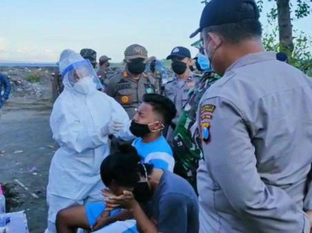 Razia Prokes Tetap Dilakukan di Banyuwangi Meski COVID-19 Melandai