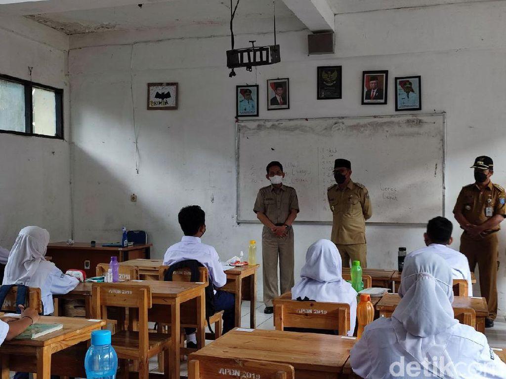 Sekolah di Depok Mulai PTM, Pemkot Akan Tes Antigen Berkala ke Guru-Siswa