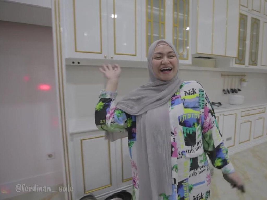 5 Fakta Nathalie Holscher Habiskan Setengah Miliar Buat Renovasi Dapur