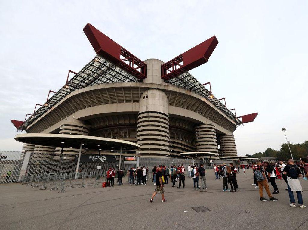 Stadion di Italia Siap Full House Awal Tahun Depan
