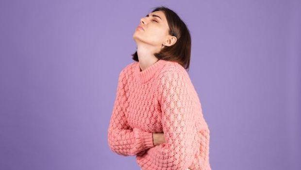 Ilustrasi kram tak tertahankan saat menstruasi