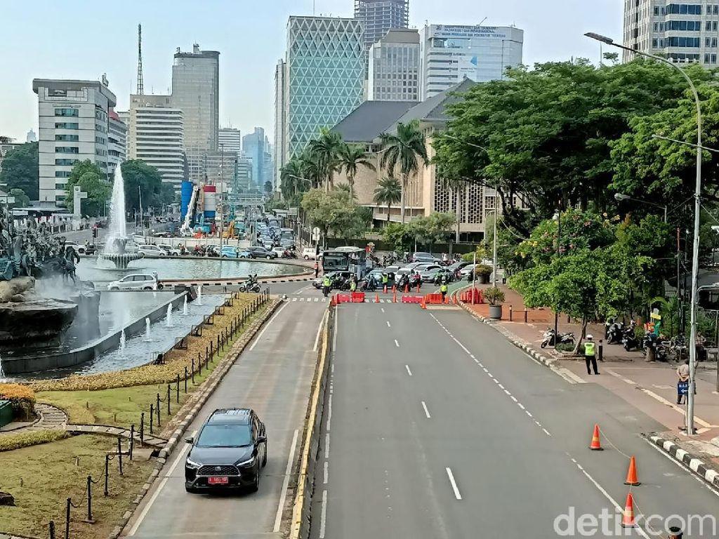 Ada Upacara HUT Ke-76 TNI, Jalan Menuju Istana Merdeka Ditutup